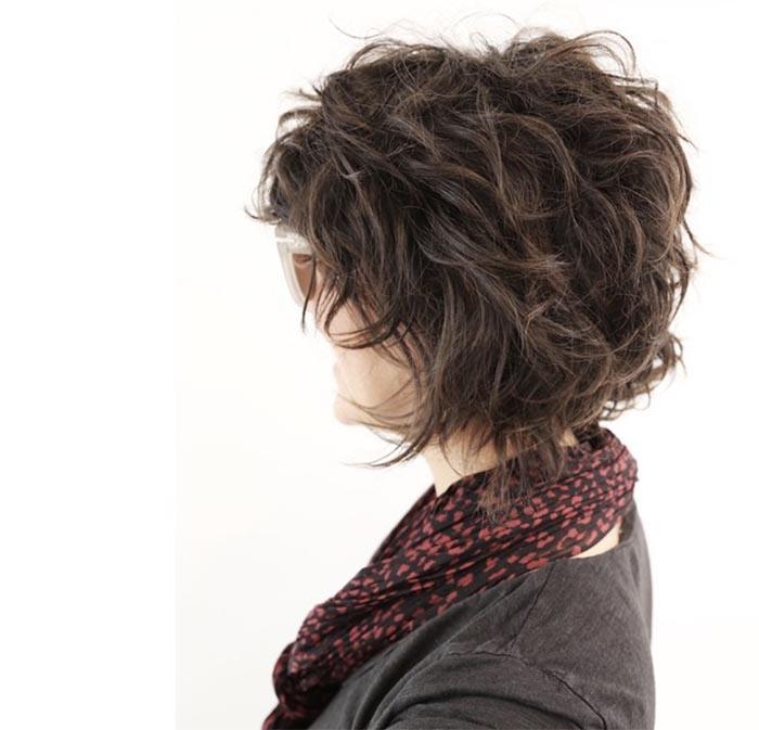 cabelo curto em camadas
