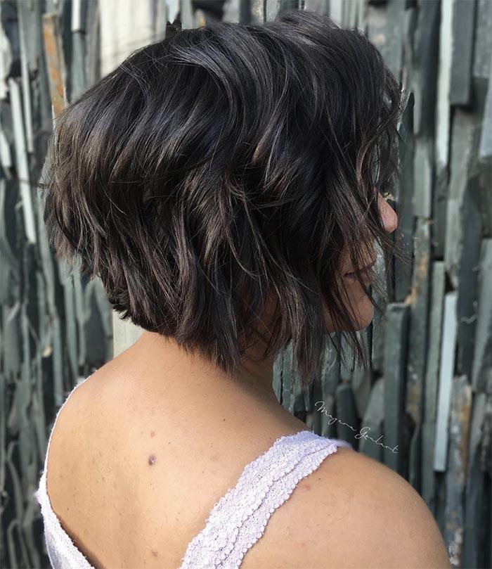 cabelo curto repicado com bico
