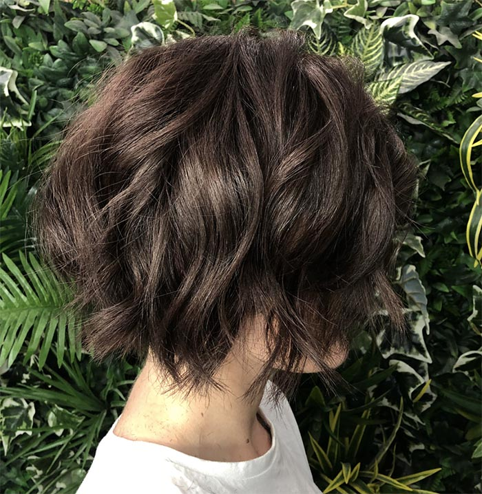 cabelo curto repicado ondulado