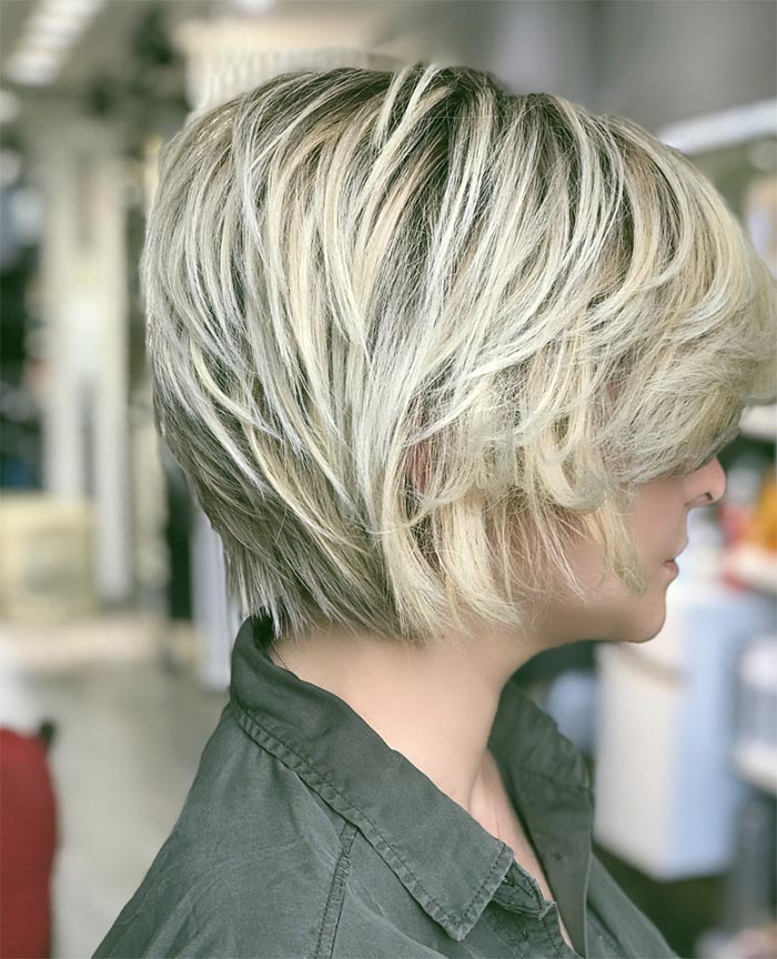 cabelo repicado com franja lateral