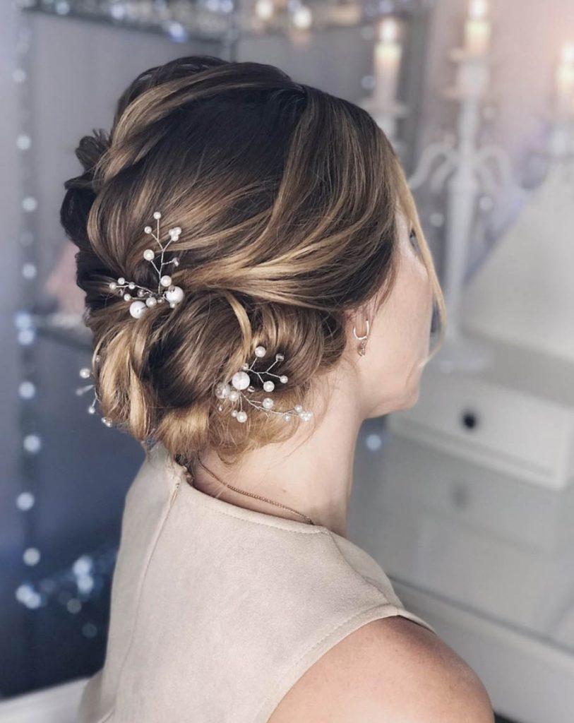 penteado cabelo curto com acessorios