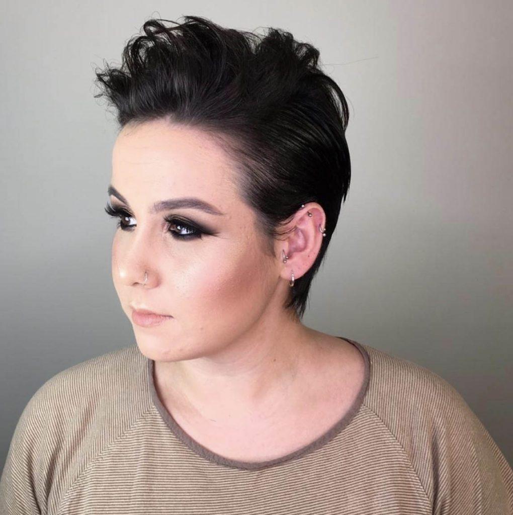 penteado cabelo curto com topete