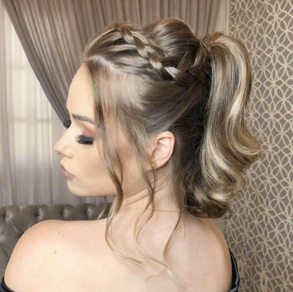 penteado cabelo curto rabo de cavalo com tranca