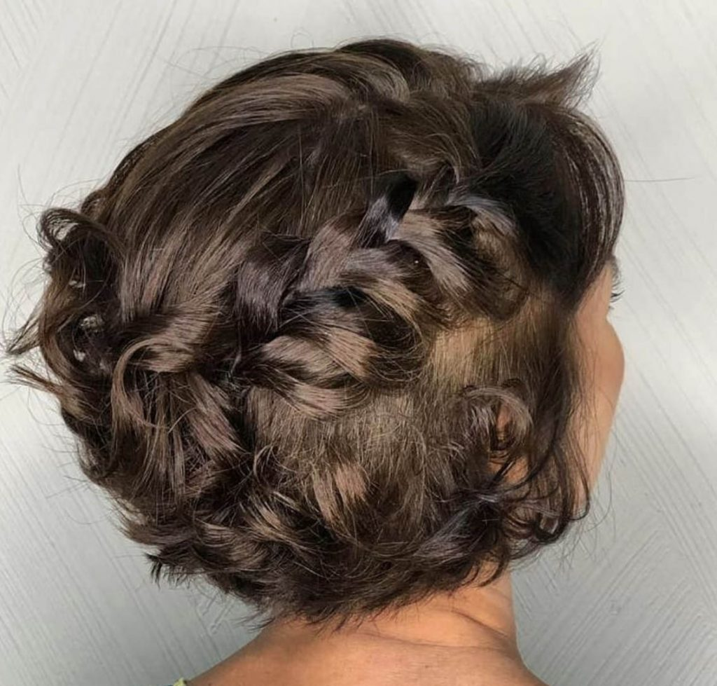 penteado cabelo curto traca de cada lado