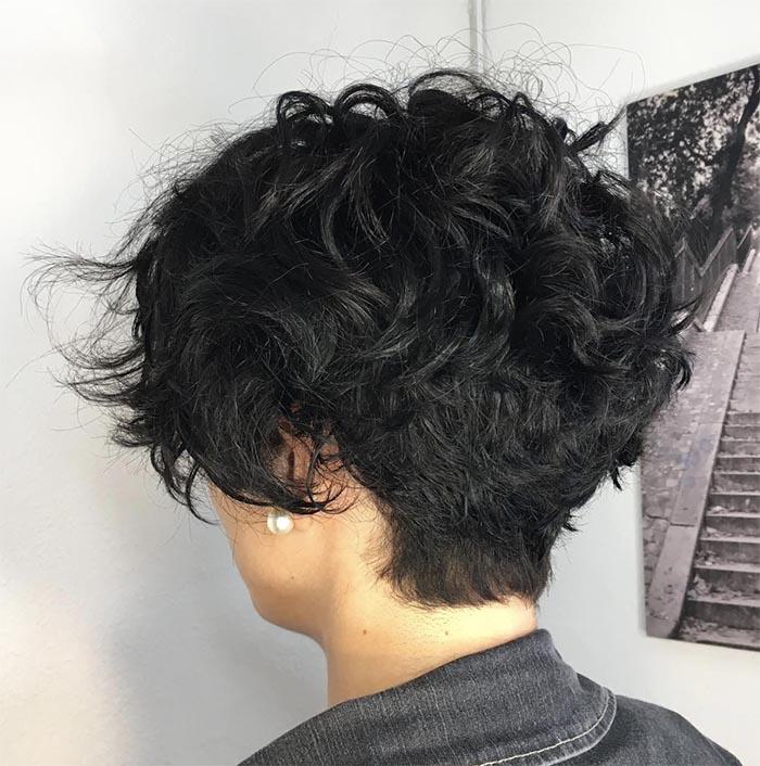 pixie cabelo cacheado