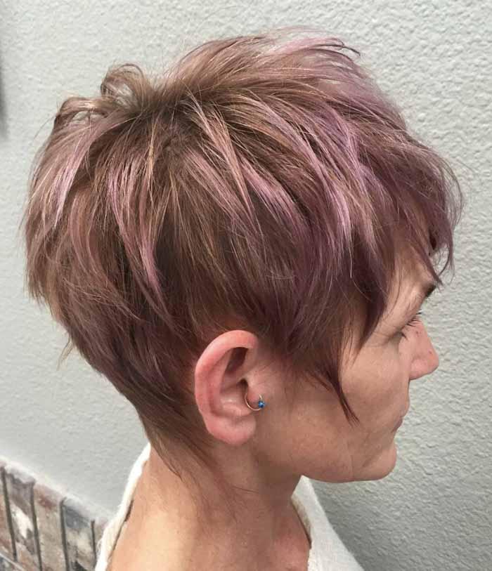 cabelo curto colorido senhora