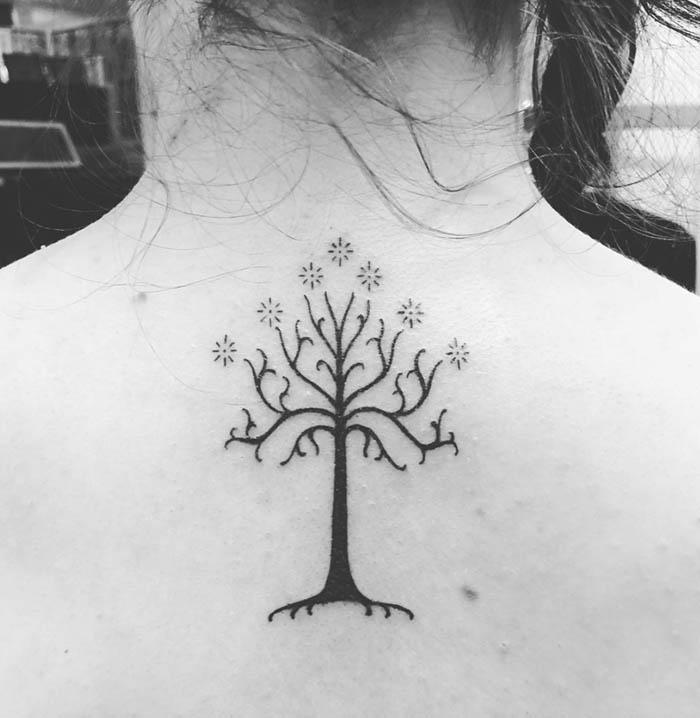 tatuagem senhor dos aneis costas